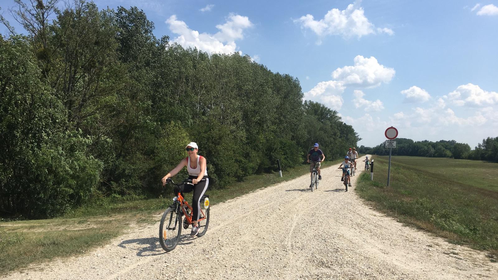 Lassú turizmus - biciklitúrák, vízitúrák, gyalogtúrák